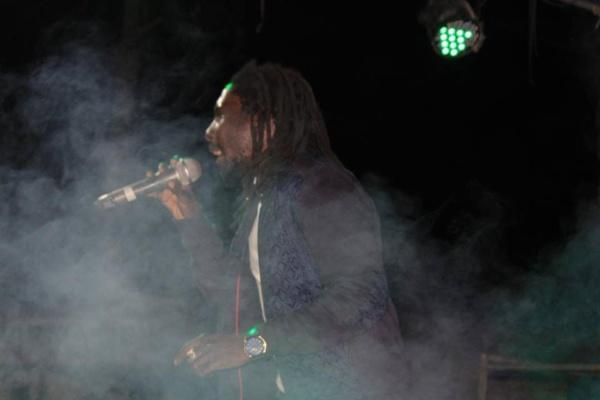 """Sortie du Single """"Beautiful Women"""" : Les images du concert de D'Gueune"""