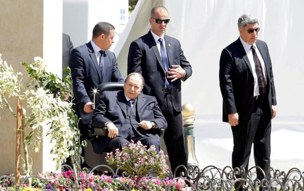 Abdelaziz Bouteflika de retour en Algérie, où la contestation ne faiblit pas