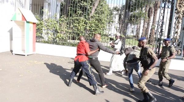 Marche contre le prix de l'électricité : Guy Marius Sagna arrêté et gardé à vue au commissariat du Plateau