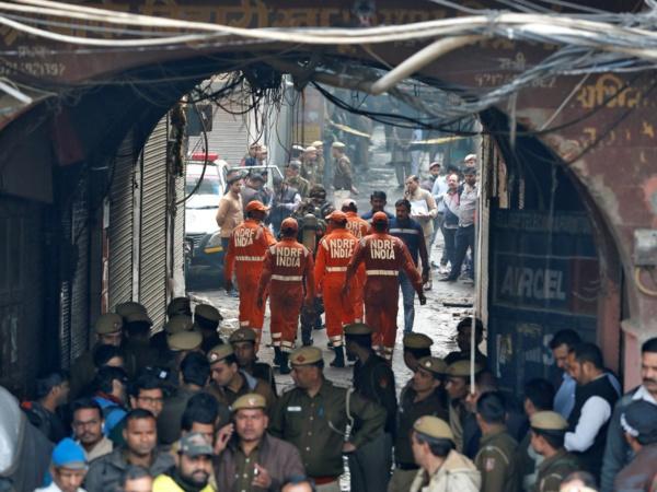 Inde: un incendie fait plus de 40 morts dans une usine de New Delhi