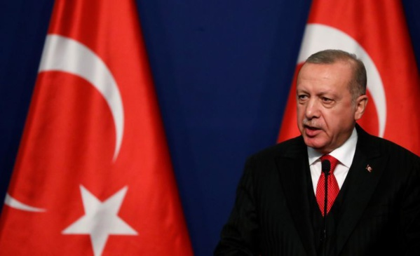 Turquie: Erdogan menace de frapper le régime syrien, Moscou s'impatiente