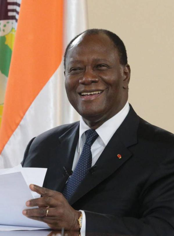Présidentielle ivoirienne: Alassane Ouattara revient sur sa décision et se porte candidat