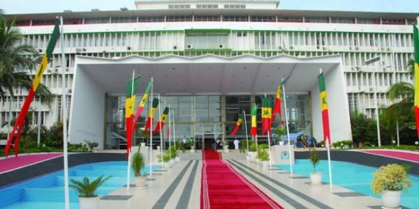 Validation de la commission Ad hoc : La plénière a majoritairement procédé à la ratification avec 68 députés votant OUI