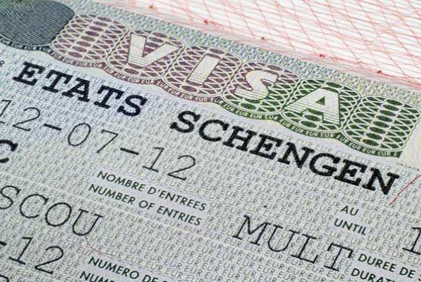Visa de regroupement familial : Les femmes des émigrés dénoncent les lenteurs dans la délivrance