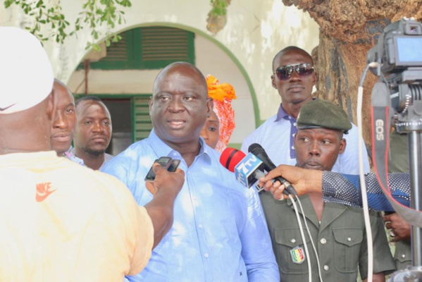 """Ramadan : Le """"soukeurou-Koor"""" de Seydou Sané aux détenus de la Mac de Ziguinchor"""
