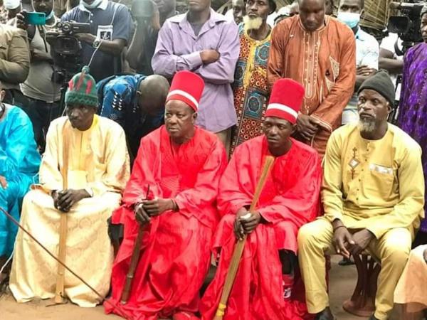"""""""Houmeubeul"""" : Macky envoie 6 ministres à Oussouye pour draguer...la Casamance"""