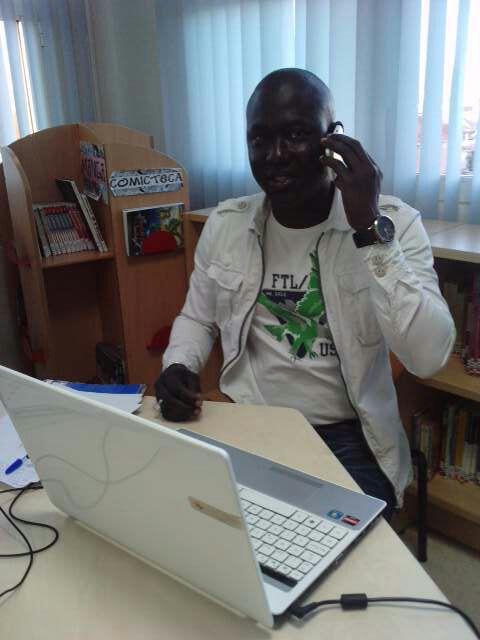 Espagne Manko Taxaaw Senegal Denonce La Confiscation Des Cartes D