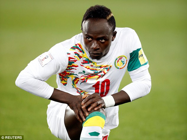 Sénégal - Soudan : Sadio Mané déplore la pelouse du stade Léopold Sédar Senghor