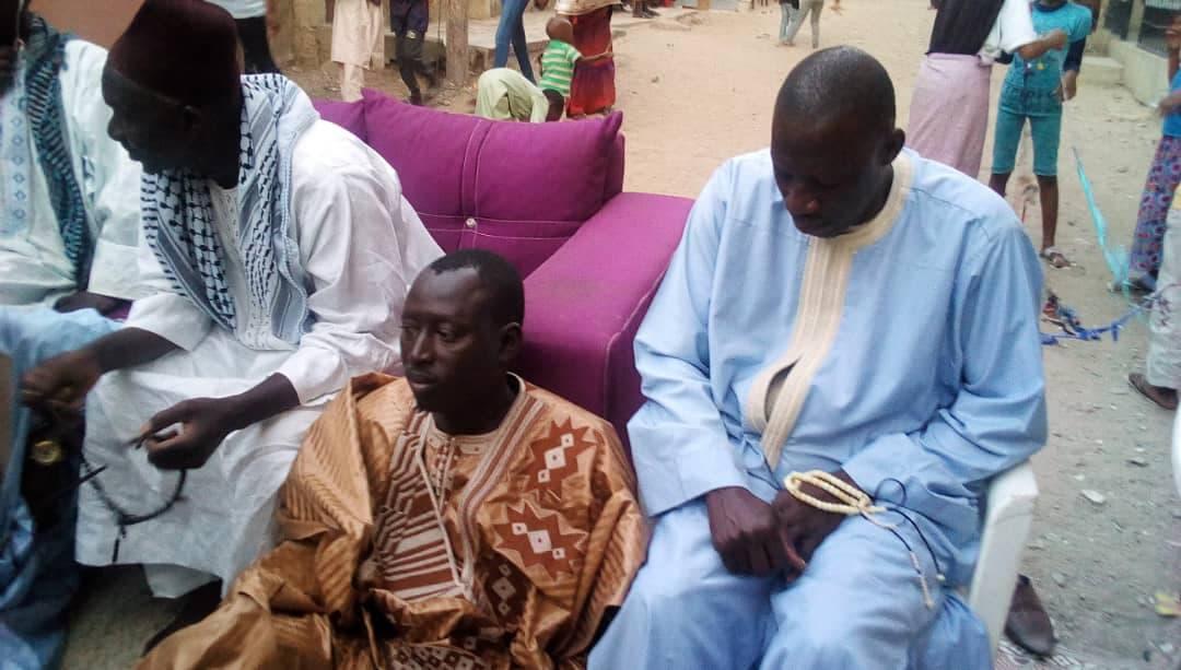 """Le Marabout Elhadj Sidya Dramé reçu par les femmes """"Talibés"""" de Niary-Tally"""