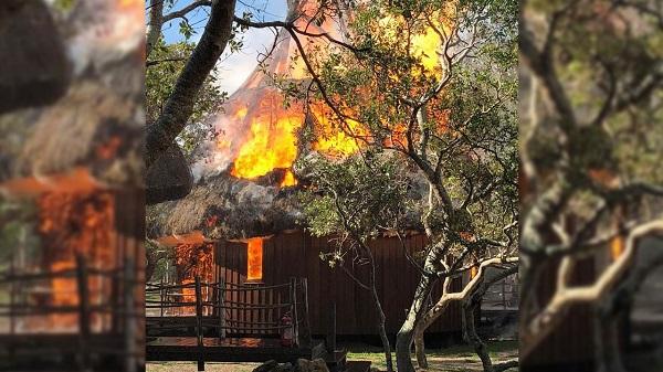 KOLDA : 10 cases emportées par les flammes à Sare Samba Woury (commune de MÉDINA Cherif )
