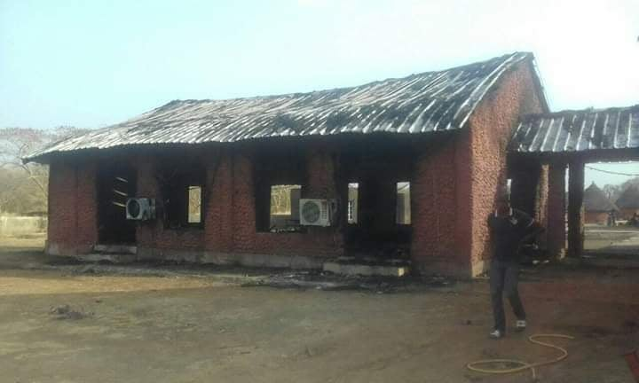 Kédougou : Un violent incendie à Bandafassi