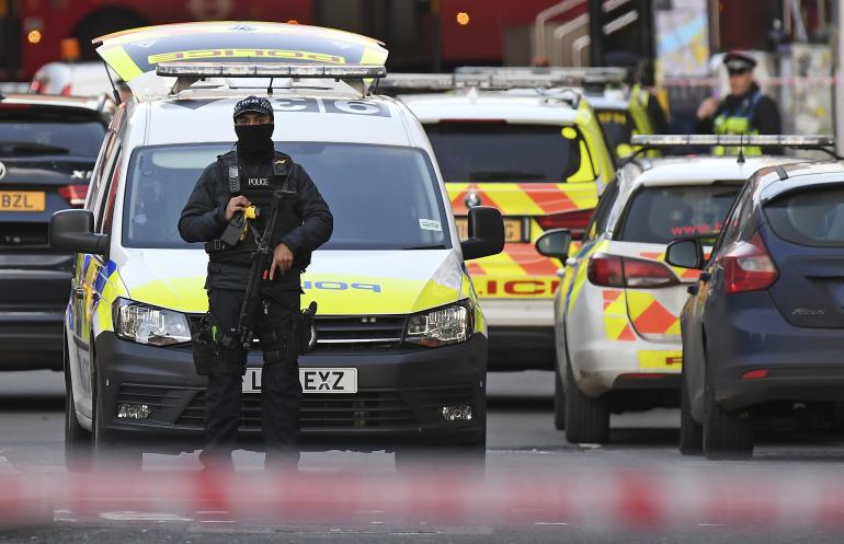 Londres: Attaque à l'arme blanche sur le London Bridge, le suspect abattu