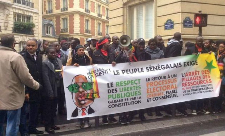 Paris : Le Front pour le départ de Macky Sall liste les dérives du régime en place et fustige le silence coupable du chef de l'Etat sur...