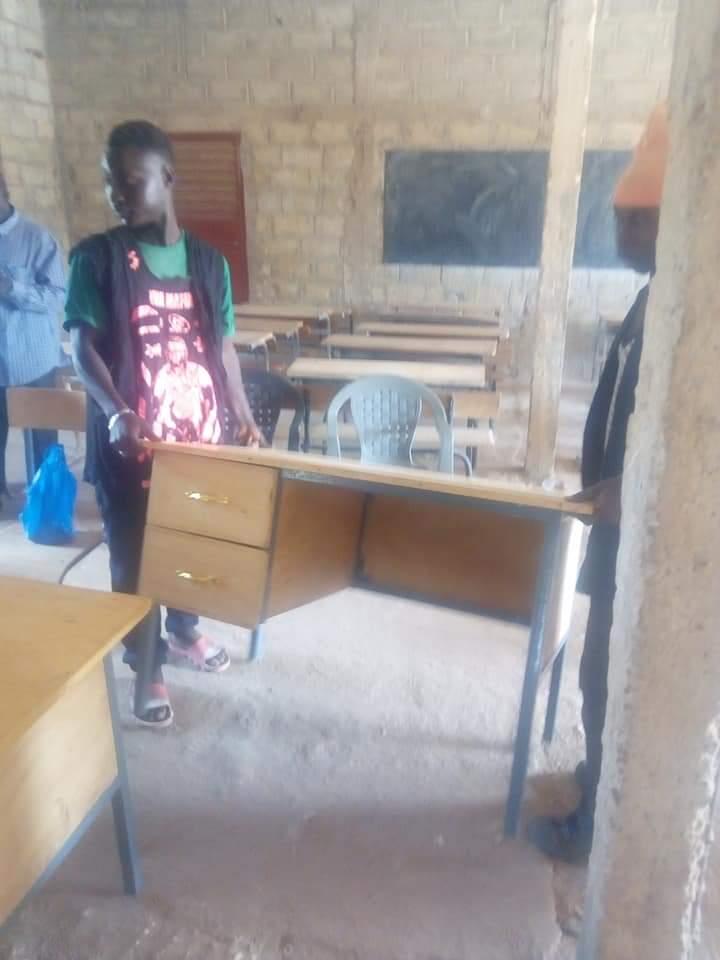 Ziguinchor : Le conseil départemental équipe le nouveau lycée de Kenya en table-bancs et la construction de...