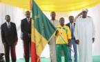 J.O RIO 2016 : Macky remet le drapeau national aux athlètes