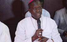"""Monseigneur Benjamin Ndiaye : """"Le Sénégal est prisonnier de ses hommes politiques"""""""